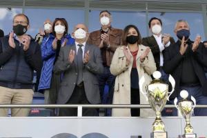 Palco de autoridades en la final del XIX Trofeo JCCM de fútbol masculino