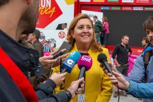 La consejera de Educación, Cultura y Deportes en la llegada de La Vuelta 2019 a Toledo