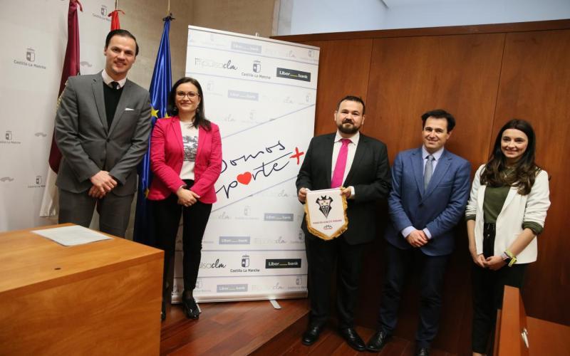 Juan Ramón Amores presenta acciones del Gobierno regional en colaboración con Liberbank