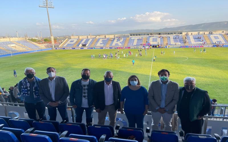 La viceconsejera de Cultura y Deportes en el partido del Calvo Sotelo y el Toledo SAD.